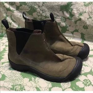 KEEN Pull-On Chelsea Nubuck Leather Ankle Boots